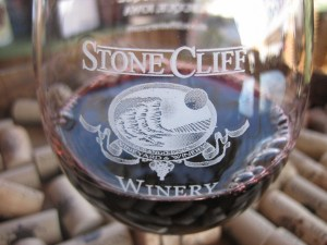 Engraved Stone Cliff Wine Glass