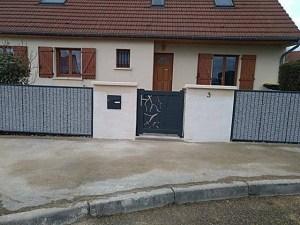 Maison avec clôture gabion Stonefence