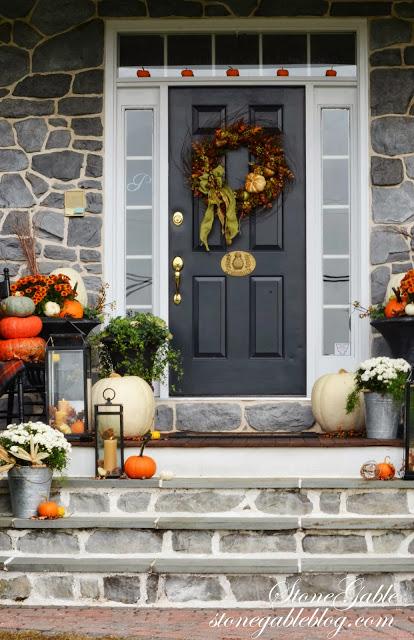 Porch Step Ideas For Christmas Decorating