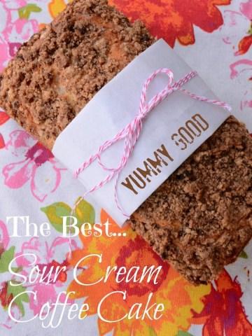THE BEST SOUR CREAM COFFEE CAKE!