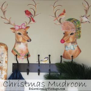 Christmas-Mudroom-Button