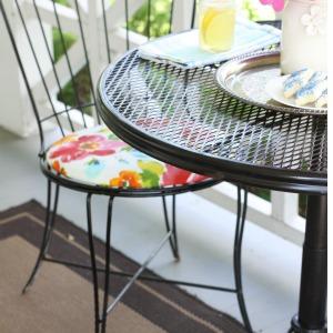 1-LOVE OF HOME-chair redo