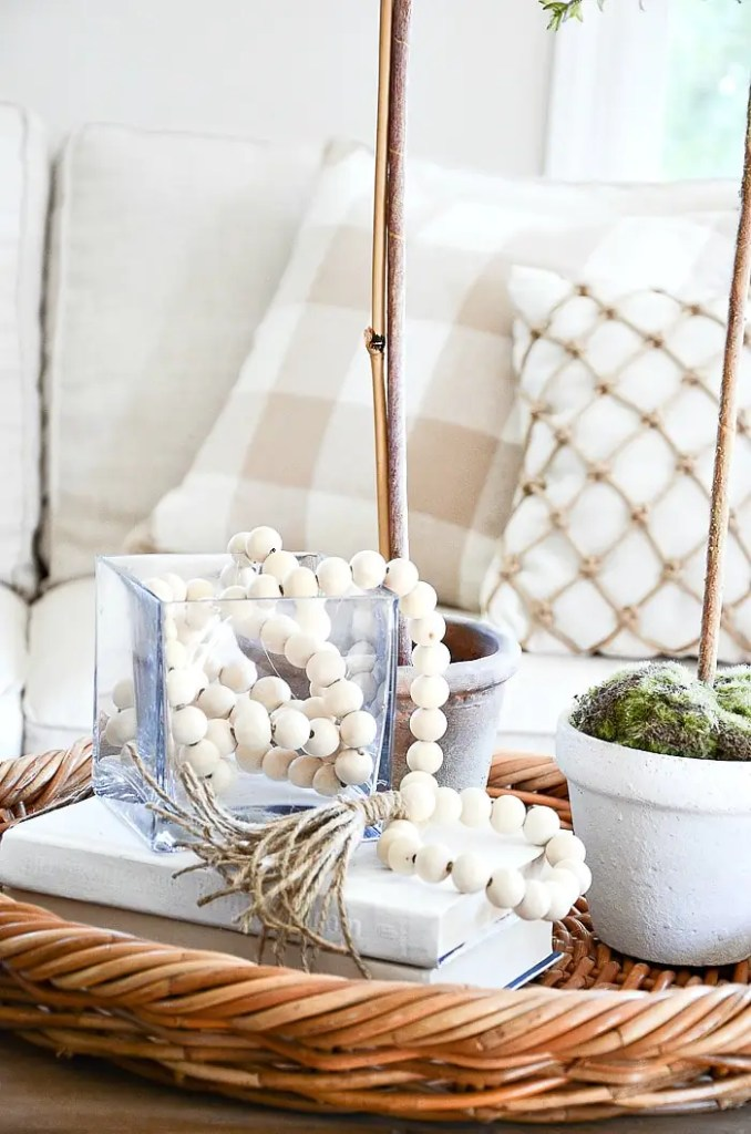Here is some practical tips and ideas to love your home when it's not perfect and not go crazy trying to achieve a perfect home! #homedecor #perfectlyimperfecthome #stonegable #decorating