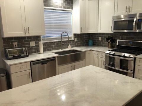 Granite & Quartz Countertops Are the Creme-De-La-Creme of ... on Farmhouse Granite Countertops  id=60658