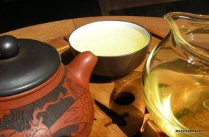 Spring Taiwan Oolong, April 4th harvest. Superfresh tea!