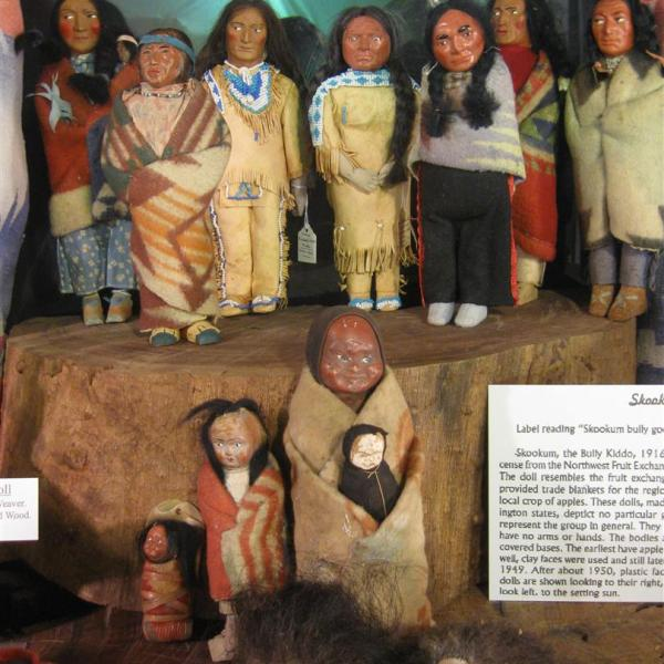 Native American Dolls