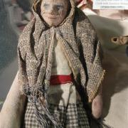 Doll Display 020