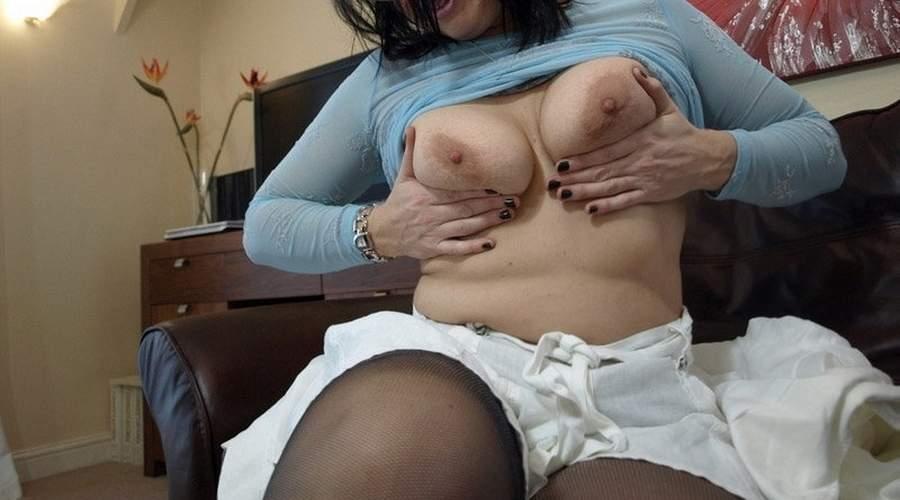 bella e sexy donna cougar di trento fa incontri di sesso