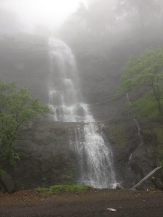 Malshej Ghat - Waterfall2