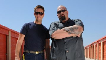 Allen Haff and Clinton Jones Pose on the Set of Auction Hunters