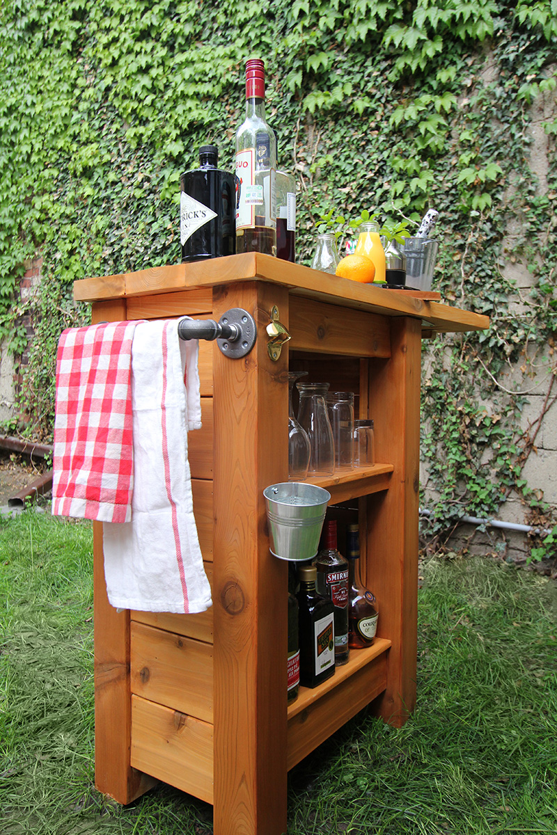 DIY Outdoor Bar - Merry Mag - Storefront Life on Patio With Bar Ideas id=54264