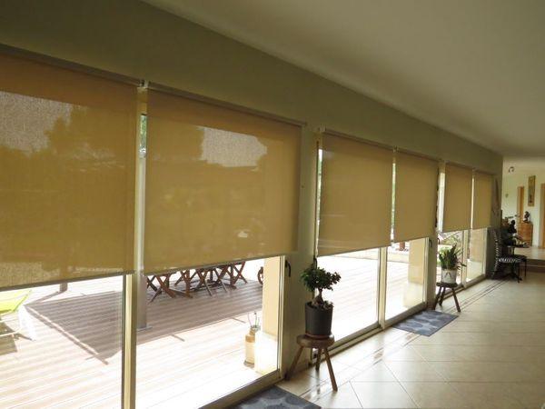 stores anti chaleur pour baie vitree