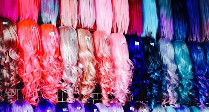 Haarteile Perücken lang Kunsthaar bunt