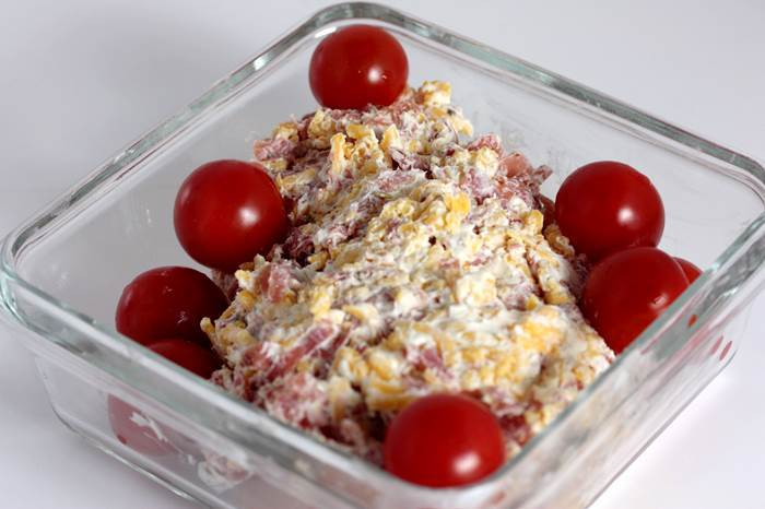 LowCarb - überbackenes Käse-Schinken Hähnchen mit Kirschtomaten Rezept
