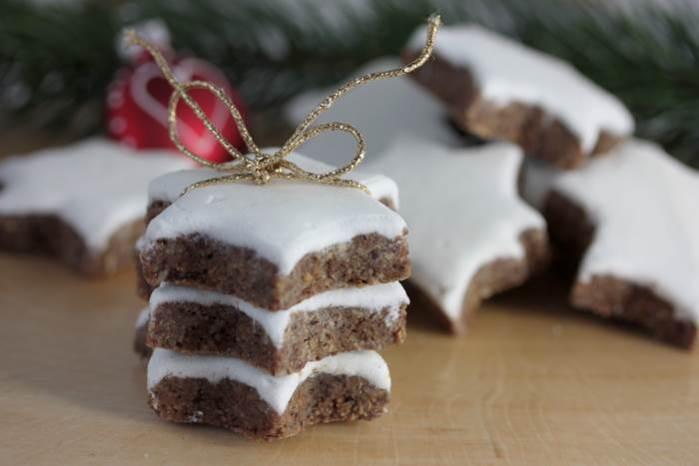 Zimtsterne-low carb-Rezept-Weihnachten-Plätzchen