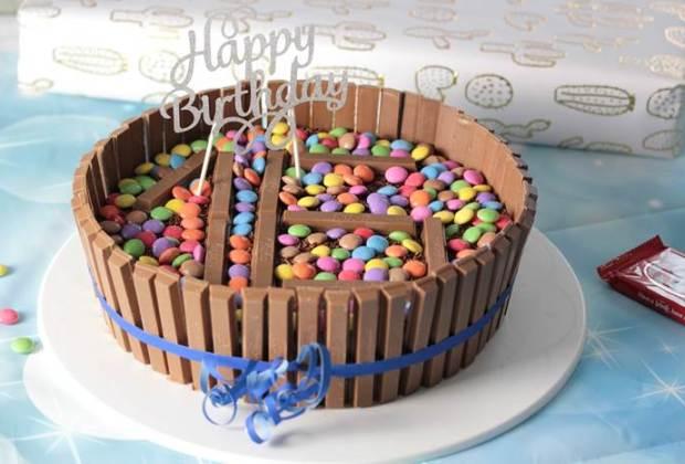 kitkat Torte für Faule-kitkat Kuchen-Geburtstagskuchen kitkat-ohne backen-nonbake Kuchen