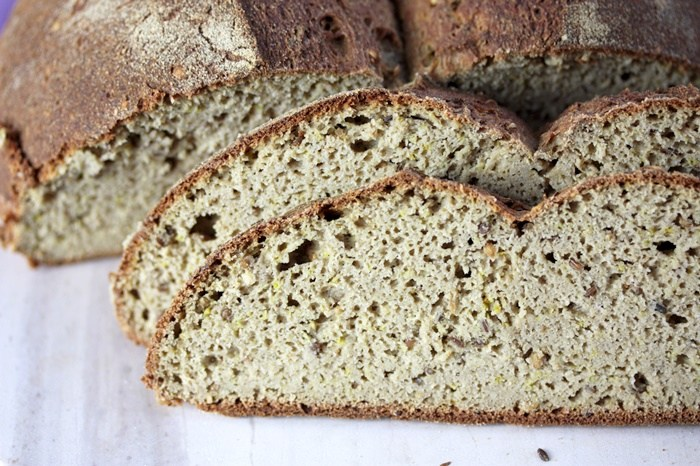 Low Carb Bauernbrot-Brot low carb-selbstgebacken-Rezept