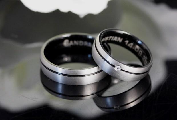 Eheringe-Trauringe-Verlobungsringe-Costina-abnehmen