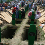 Sepolture per le vittime di Srebrenica, 1995 - Paul Katzenberger