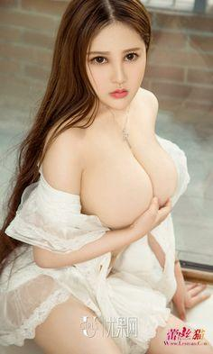 """Bestfriend Ko, Pinsan Ko At Ang Babae Nito! 3<span class=""""rating-result after_title mr-filter rating-result-7633""""><span class=""""mr-star-rating"""">    <span class=""""mr-custom-full-star""""  width=""""20px"""" height=""""20px""""></span>        <span class=""""mr-custom-full-star""""  width=""""20px"""" height=""""20px""""></span>        <span class=""""mr-custom-full-star""""  width=""""20px"""" height=""""20px""""></span>        <span class=""""mr-custom-full-star""""  width=""""20px"""" height=""""20px""""></span>        <span class=""""mr-custom-empty-star""""  width=""""20px"""" height=""""20px""""></span>    </span><span class=""""star-result"""">4/5</span><span class=""""count"""">(1)</span></span>"""