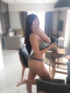 Fame Whore Story: Arisa Hui 2