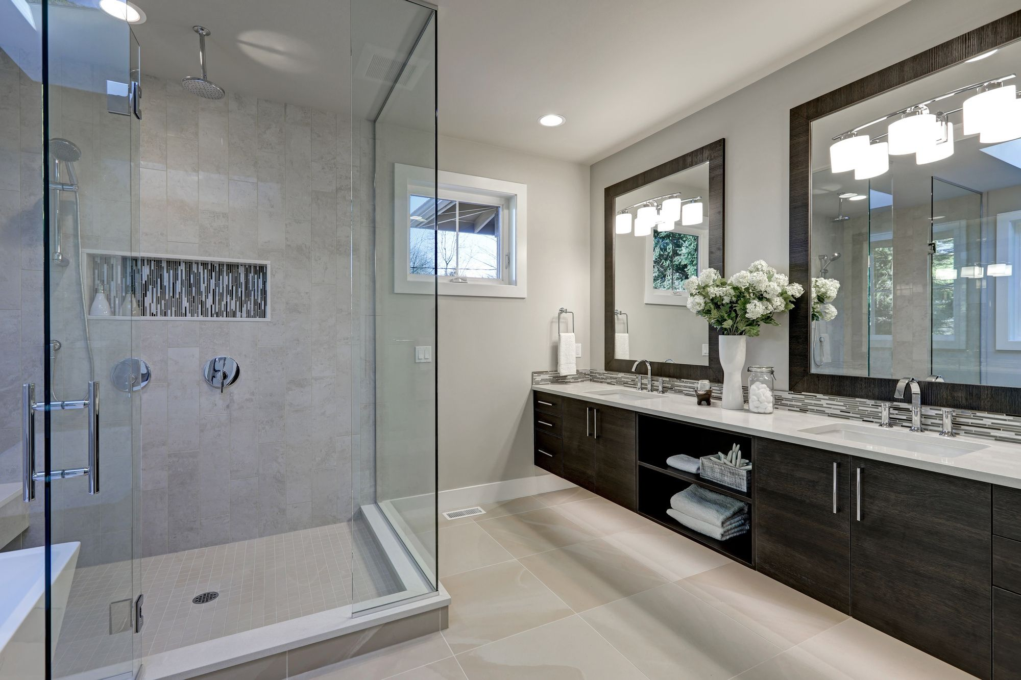 Sliding Vs Hinged Glass Shower Door Which Is Right For You