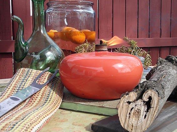 warm-weather-outdoor-table-top-vignette