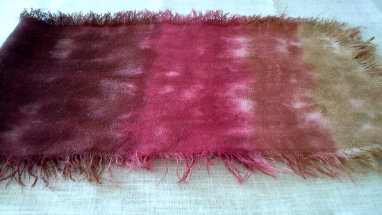 Mixing colors with burlap and rit dye experiment-StowandTellU