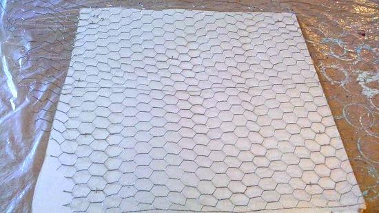 chicken-wire-texture-on-paper-StowandTellU