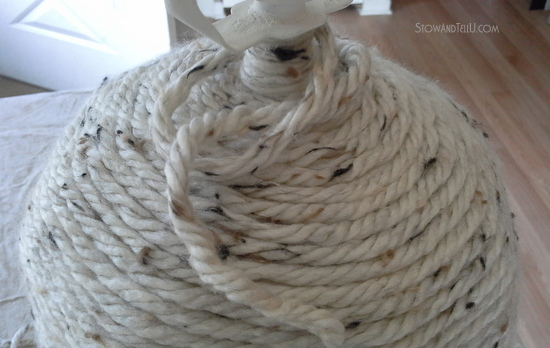 diy yarn wrapped lamp-StowandTellU