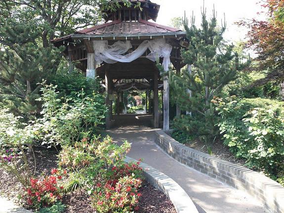 pattis-settlement-outdoor-wedding-lbl