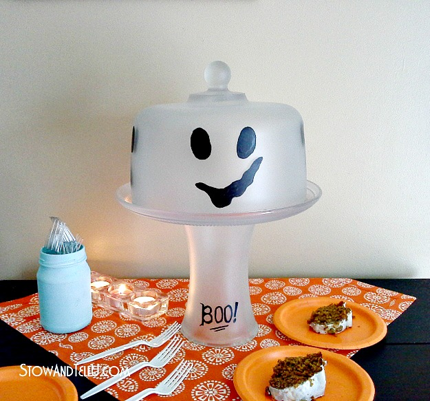 ghost-cake-plate-frosted-glass-halloween