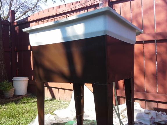 Spray Painted Laundry Tub