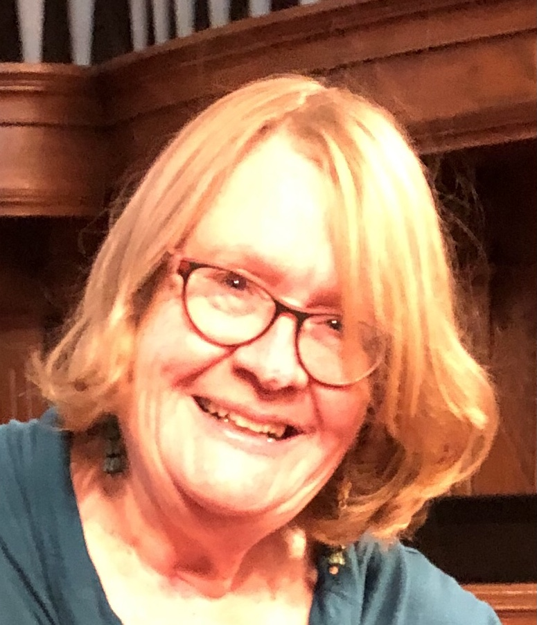Carolyn Tomlin : Honourary Assistant Priest