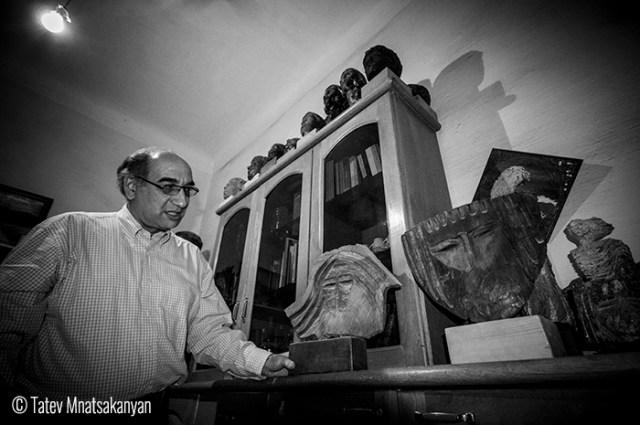 Tatev_Mnatsakanyan_Diaspora_3 Honoured famous sculptor from Alexandria, Sargis Tosunyan