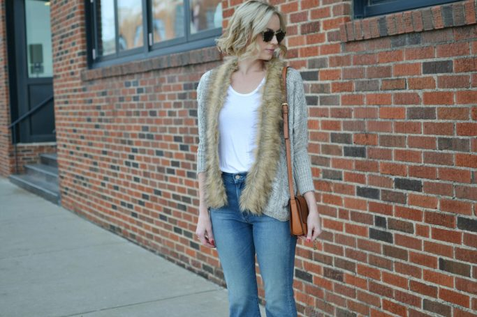 Goodnight Macaroon fur collar sweater, mother cropped flared denim, chloe dupe bag, white tee
