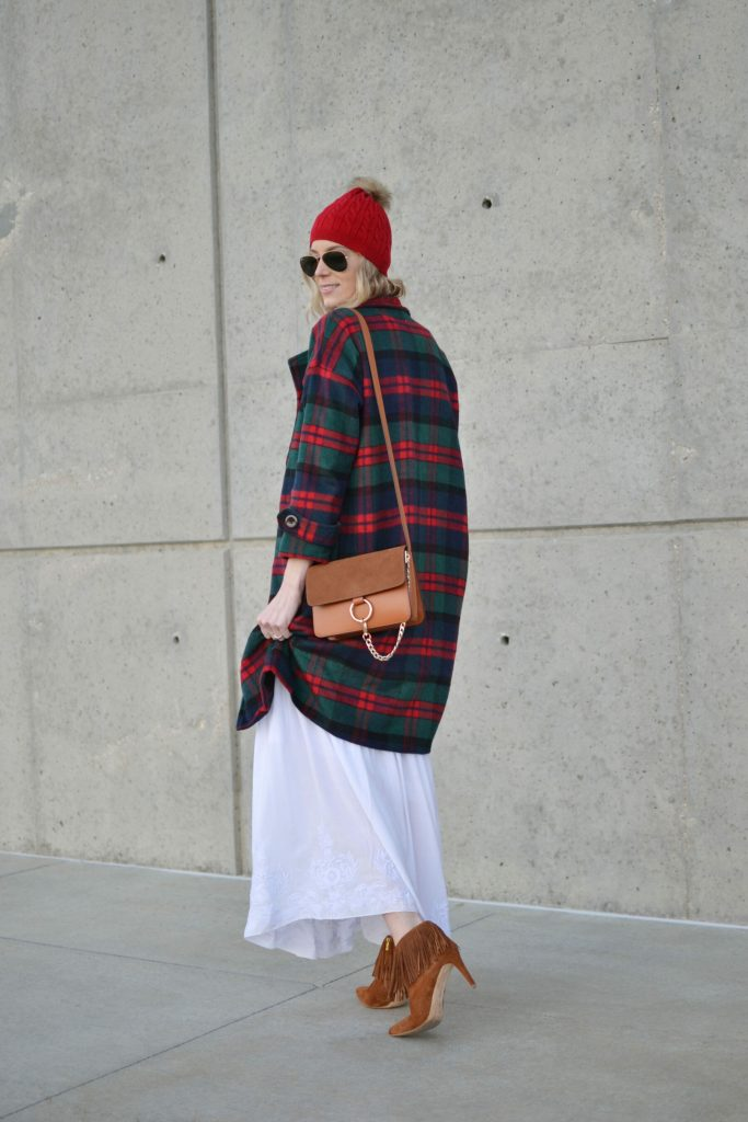 Oasap white boho maxi dress, chloe dupe bag, fringe boots, plaid coat, red beanie