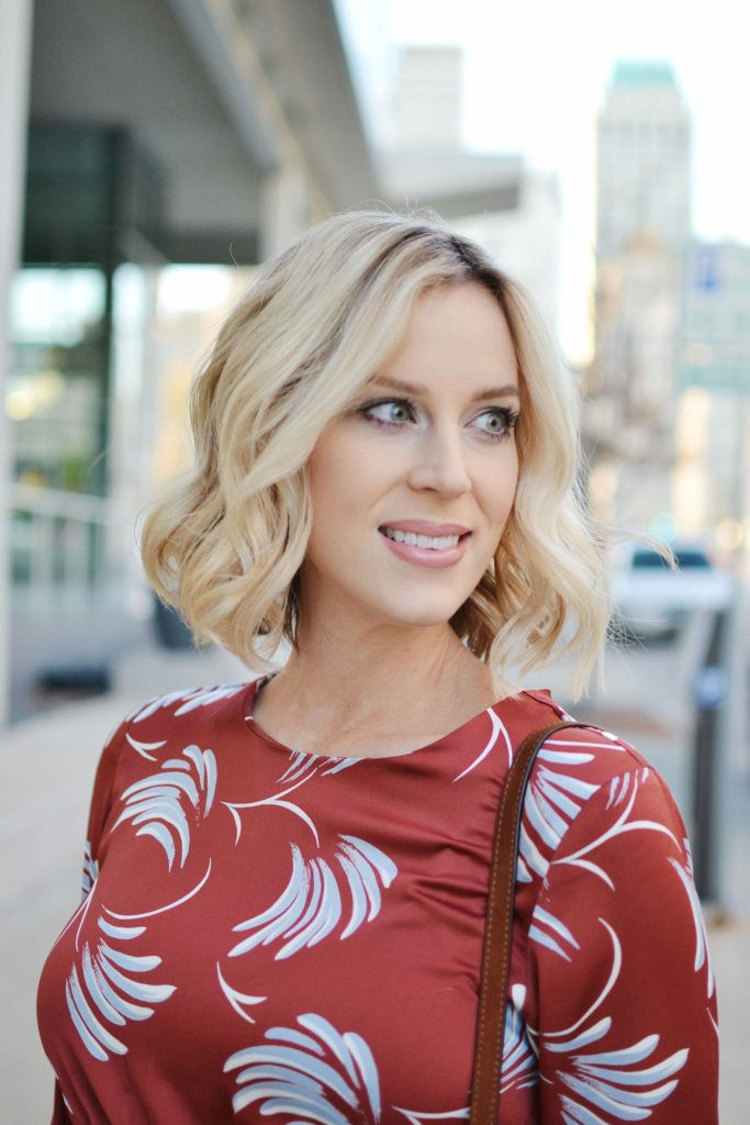rust colored dress, Glo Minerals holiday makeup look and giveaway