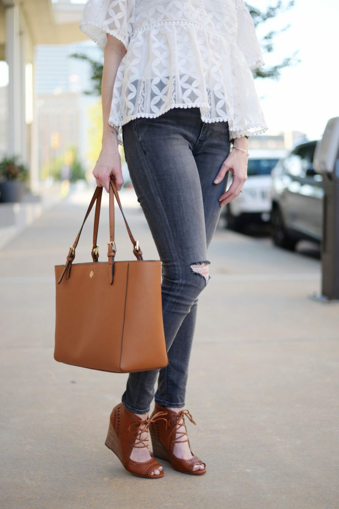 grey jeans, white peplum top, cognac bag and shoes, jeffrey cambpell rayos dupe