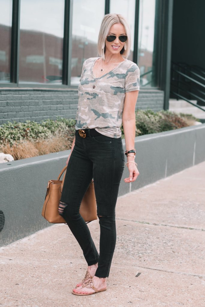 camo t-shirt with black skinny jeans