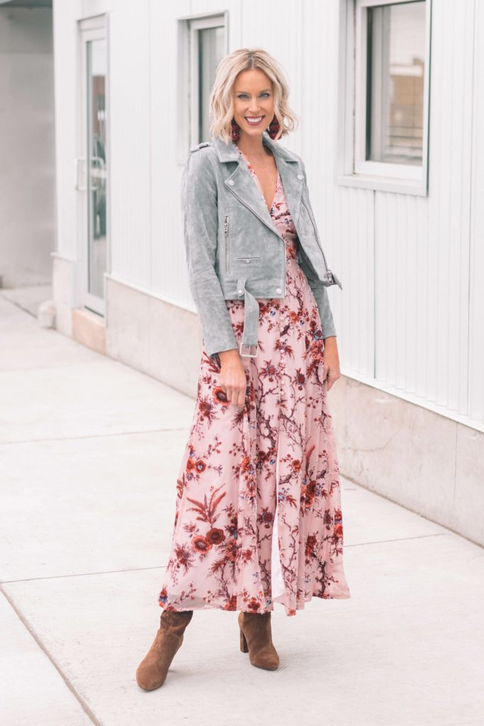 styling a maxi dress for fall