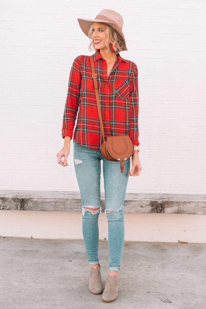 casual holiday outfit ideas, red flannel shirt with jeans and hat