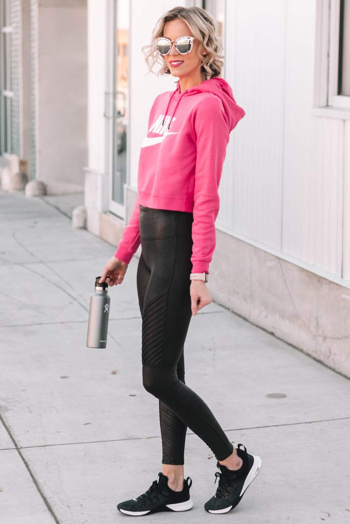 how to style leather leggings for sporty look