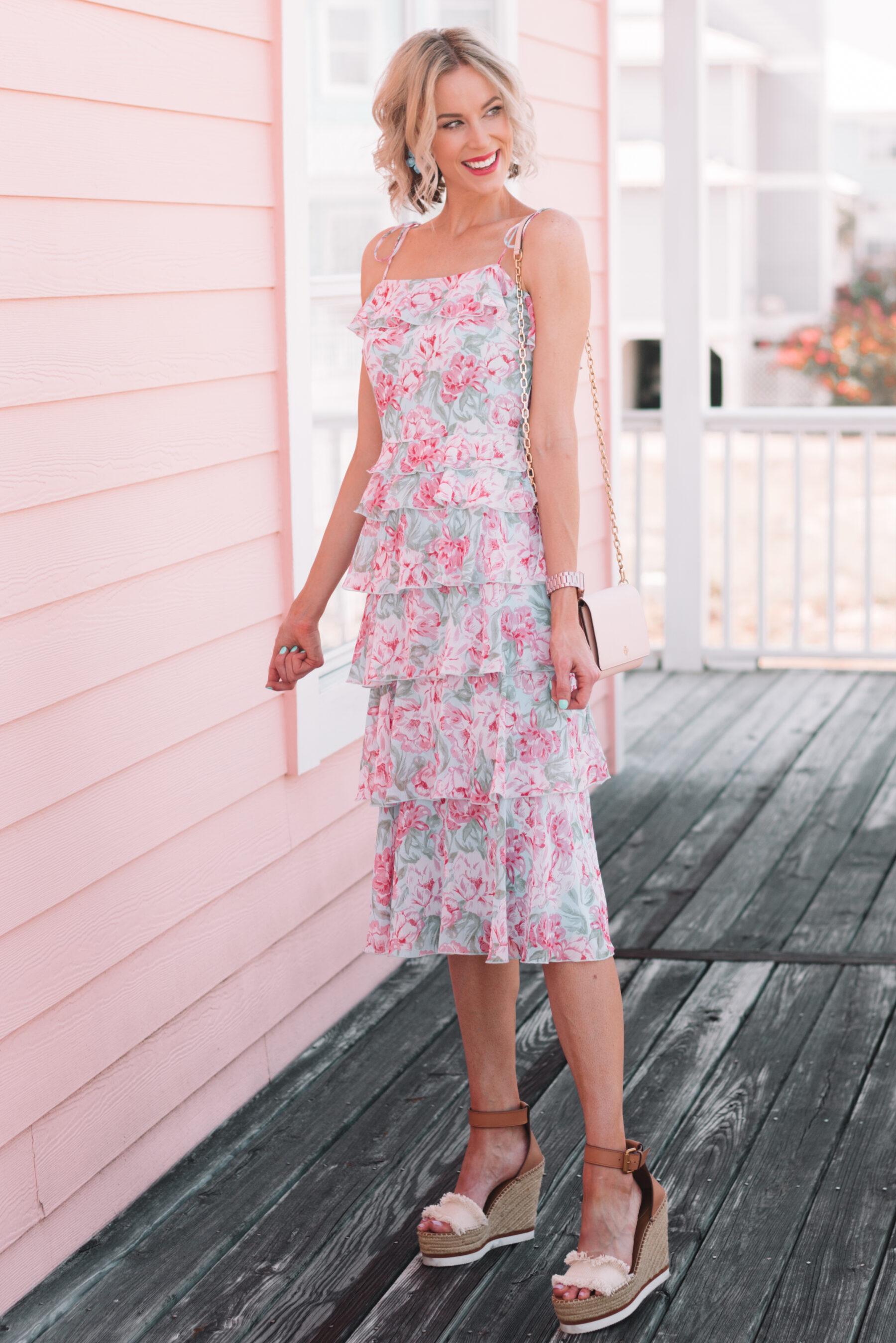 what to wear to a summer wedding  summer wedding guest