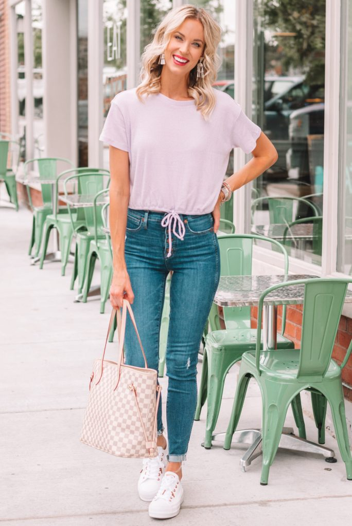 cute and casual outfit, jeans outfit, white converse outfit, cinch front top