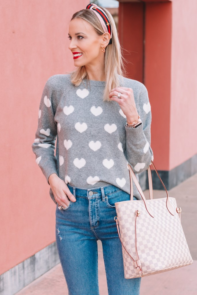 Gucci dupe headband, knot earrings, heart sweater