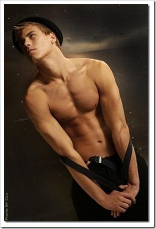 swedish male model andreas tano (70)_thumb