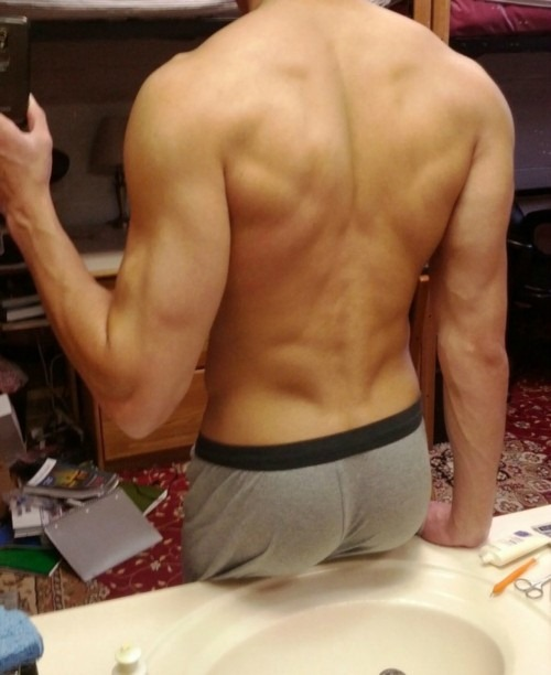 Amateur boy galleries daily gay the 2 3