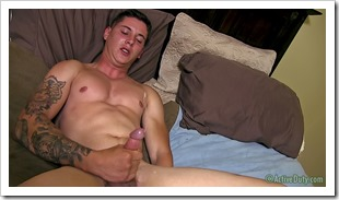 porn-army-gay-20-year-old-boy (19)