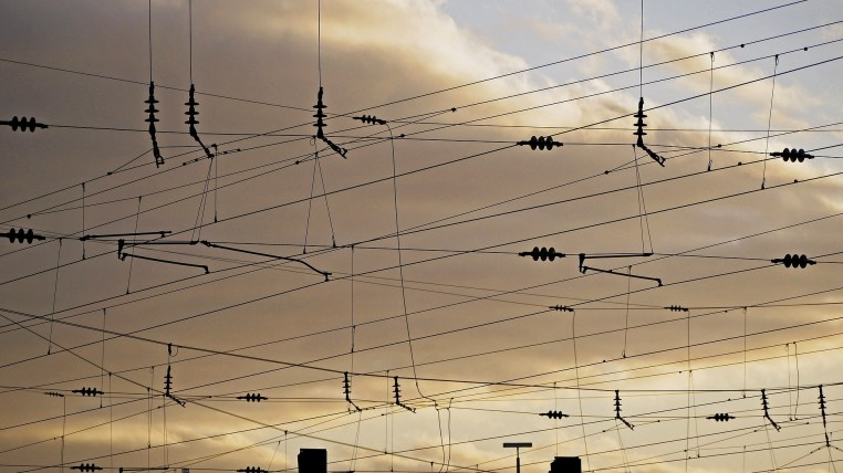 crossing wires